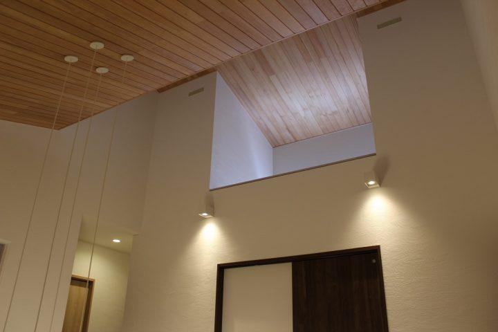 2階ホールの天井